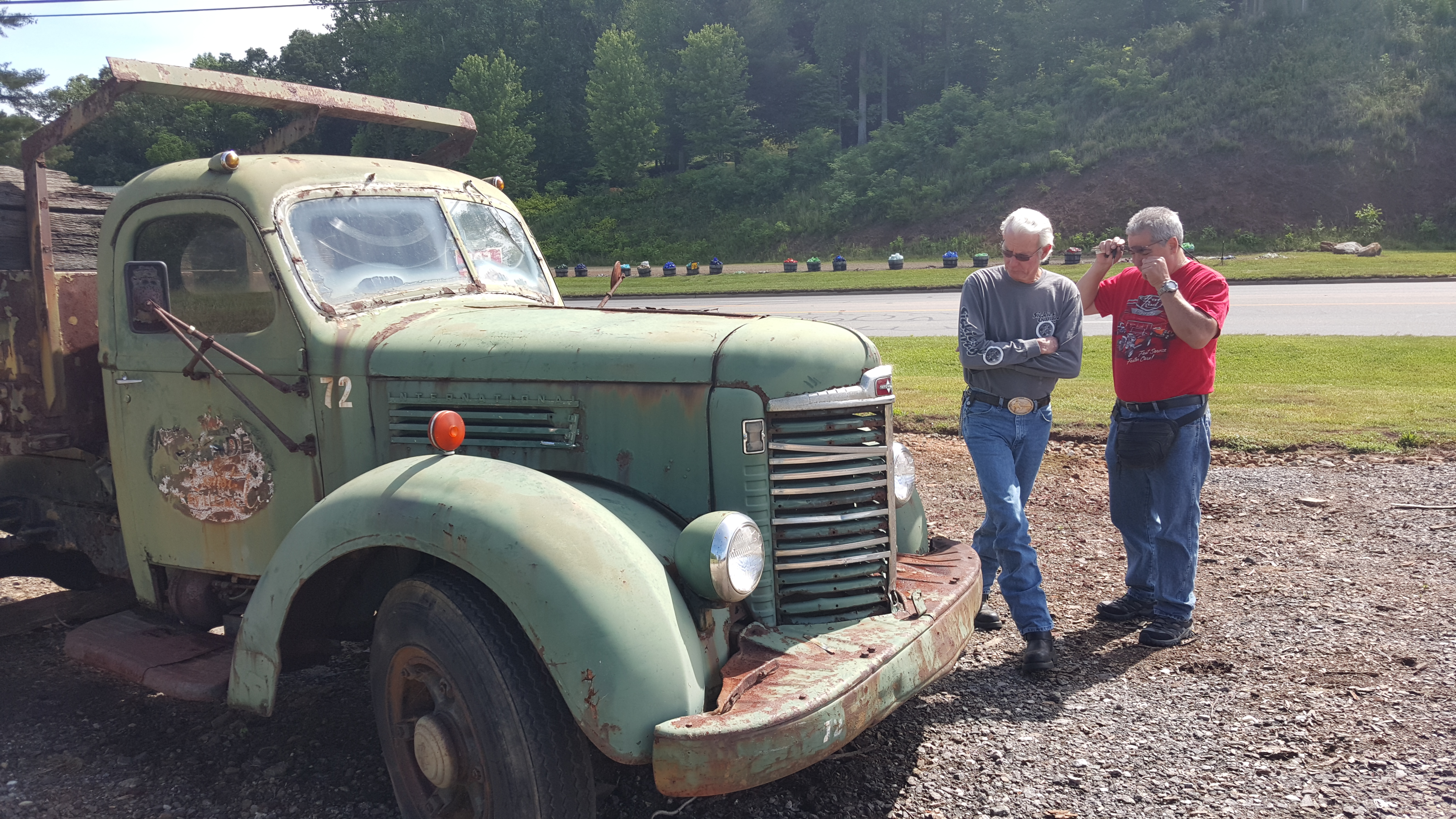 Old fashioned trucks for sale 13
